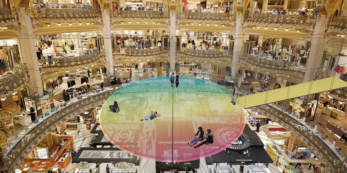 Yoga Searcher célèbre la joie de vivre avec les Galeries Lafayette !