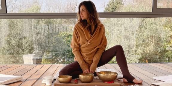 Charlotte De Quay, nouvelle ambassadrice Yoga Searcher